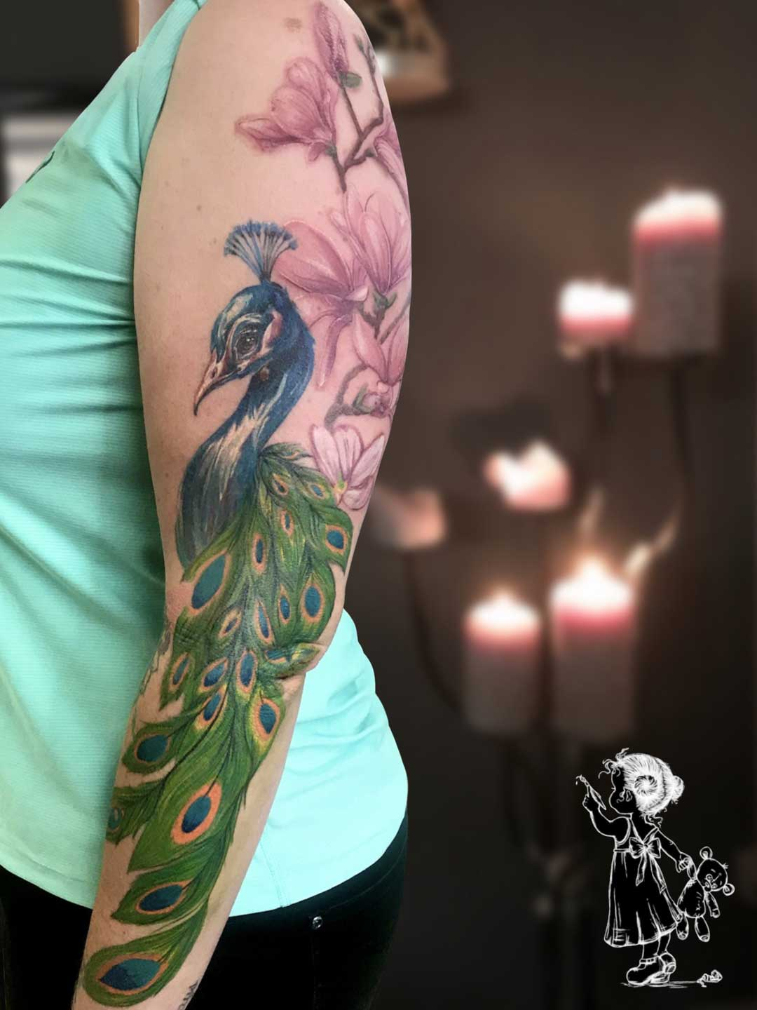 Pfau Colour Tina Lee Tattoo Artist